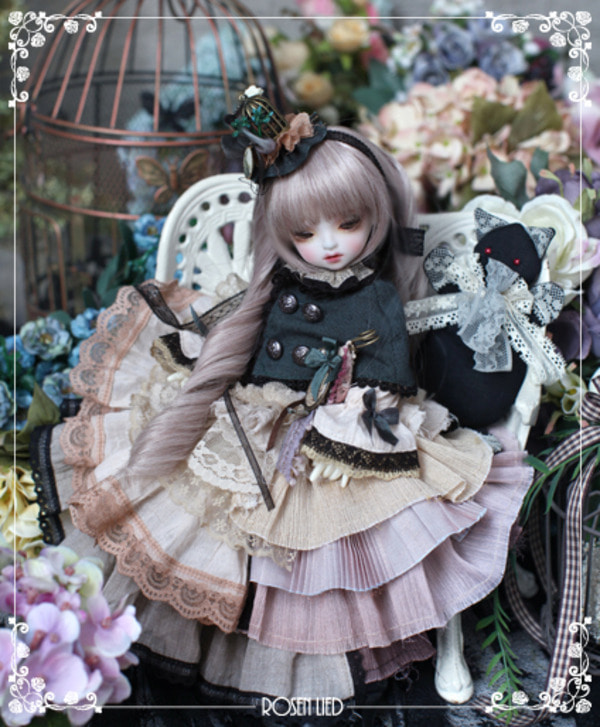 Tuesday's Child Limited Beige (Reverie ver.) - 小公女: The little Princess