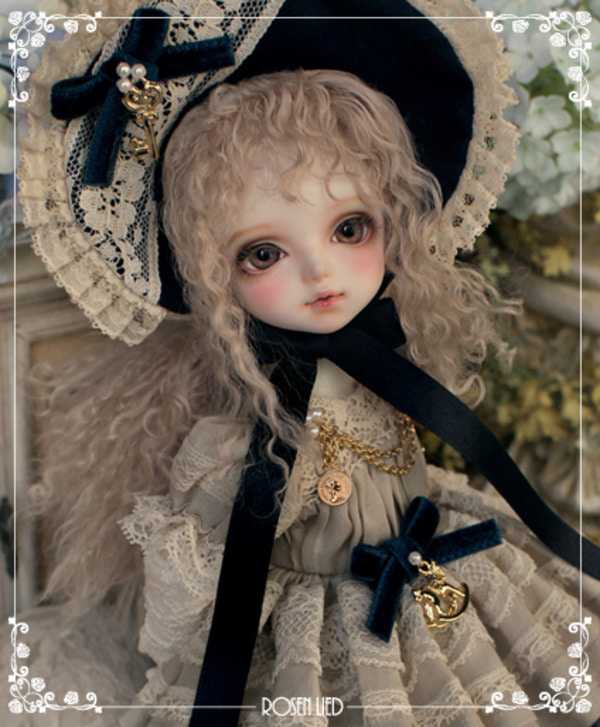 Tuesday's Child Limited Clover - Lily of the valley