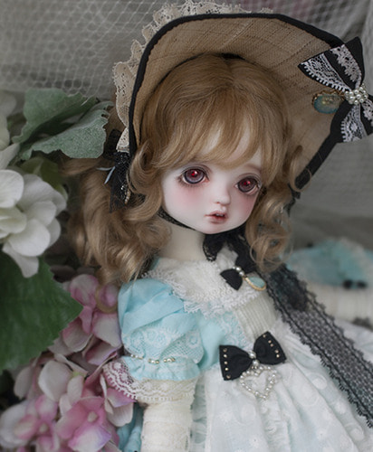 Holiday's Child Limited Bambi (fairy ver.) - Alice : Into the Fairy hole
