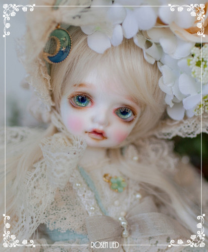 Monday's Child Limited Mignon - for 11th Anniversary
