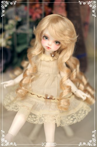 Lovely Perm wig (blond)