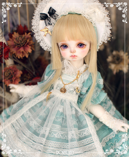 RDHL-025 Holiday's Child Limited Dress - Chouette