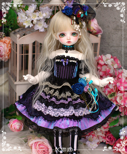 RDHL-034 Holiday's Child Limited Dress - Moi Atelier